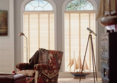 white wooden venetian blinds